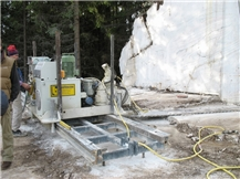 Benetti CSM 962 Chain Saw Machine vertical and horizontal cuts in limestone, marble, and travertine