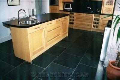 Slate Kitchen Floor Tiles, Black Slate Kitchen Design from ...