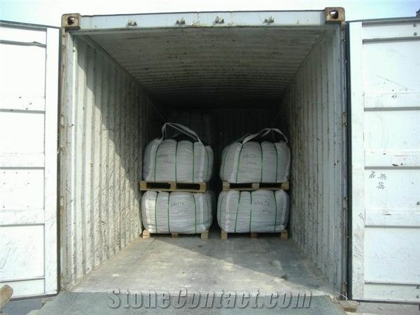 Pebble Stone Container Loading from China - StoneContact