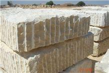 California Honey Limestone Blocks, Giallo Provenza Limestone Block