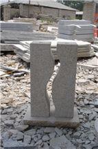 G682 Yellow Granite Pillar