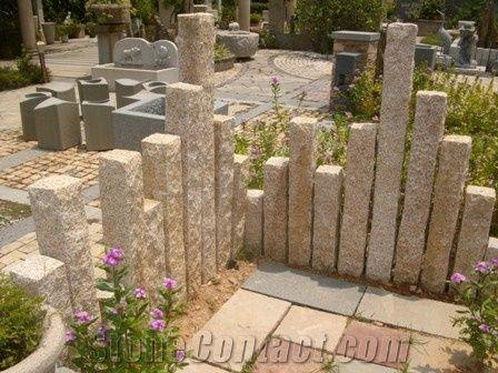 Chinese Natural Yellow G682 Granite Garden Decor Palisades Stone Pillars Monolith