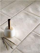 Purbeck Whetson Jurassic Blend Hand Antiqued Finis, United Kingdom White Limestone Slabs & Tiles