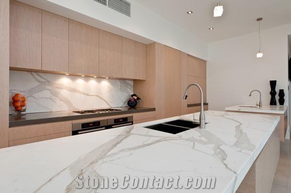 Kitchen Benchtops In Calacatta Macchia Oro White Marble
