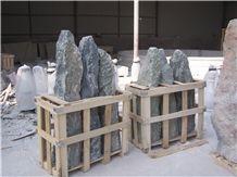 Stone Monolith for Garden 6401