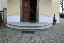 Granite Entry Stairs, Vahlovice Grey Granite Stairs