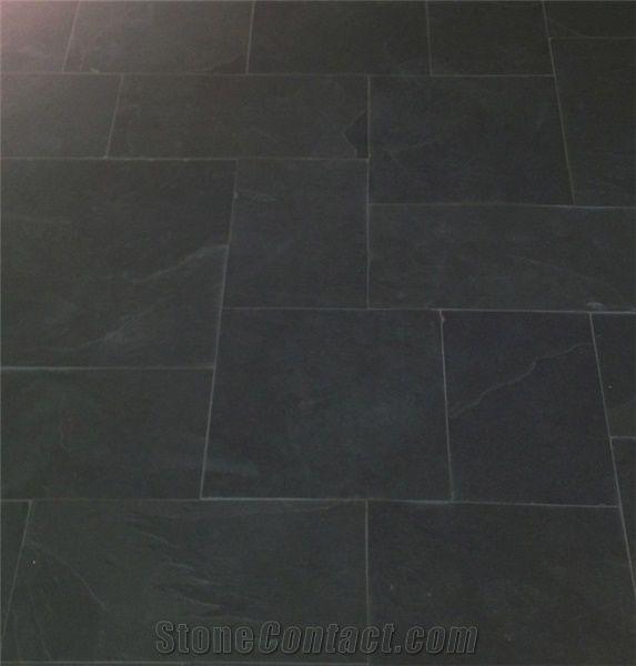 Brazilian Black Slate Montauk Cleft Pattern Tile