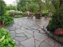 Orivesi Black Phyllite Irregular Flagstones Patio Pavement