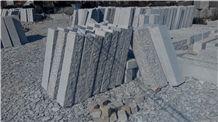 G375 Rough Grey Granite Pillar Stone