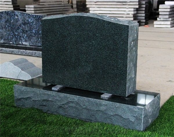 Evergreen Granite American Upright Die and Base Monument from