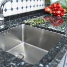 Emerald Black Granite Kitchen Countertop