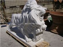 White Marble Carved Lion Sculpture