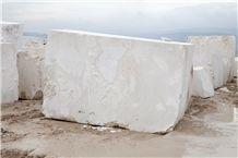 Canyon Beige Marble Blocks