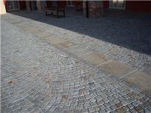 Gneiss Urban Pavement, Cube Stone & Pavers