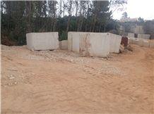 Moca Creme Blocks, Moca Cream Fine Grain Limestone
