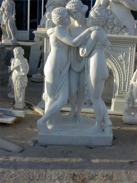 Can Naked women garden statues