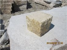 G350 Granite Yellow Bush Hammered Cube Stone
