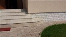 Kanfanar Limestone Entry Staircase
