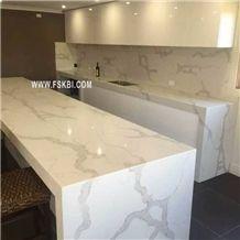 High Craftsmanship Calacatta Pattern Quartz Stone Kitchen Countertop