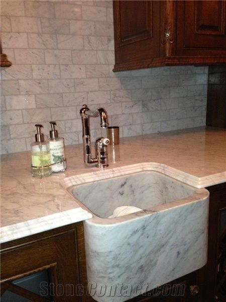 Calacatta Gold Marble Kitchen Countertop With Solid Sink