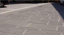 Grigio Bedonia Sandstone Chiseled Pavers