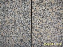 China Yellow Giallo Diamond Granite Golden Like Flowers Crystal Slabs and Tiles
