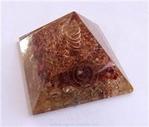 Carnelian-Crystal Orgone Pyramid with Crystal Point Orgonite Red Carnelian Pyramid Healing Rieki Crystals with Copper Pyramid