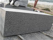 G684 Chinese Basalt Black Basalt Kerbstone Rough Picked Curbstone Pineapple Surface
