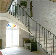 Les Pierres De Frontenac Limestone Staircase