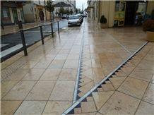 Pierre Calcaire Rocheret Jaune Limestone Flamed Pavement
