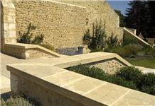 Pierre Dordogne Wall Coping