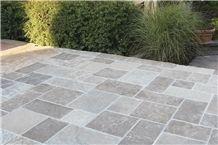 Fond Du Lac Limestone Pavement, Fond Du Lac Silver Walkway Pattern