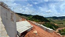 Amarelo Icarai Granite Blocks, Yellow Granite Brazil Blocks