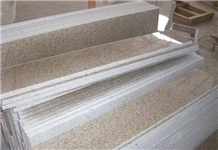 G682 Stair Rusty Granite for Interior Decoration