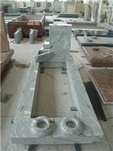 Italy Style Viscount White Granite Tombstones