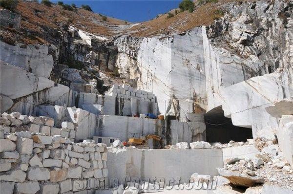 White Carrara Marble Quarry Stonecontact Com