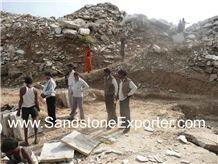 /picture/Quarry/201108/20813/gwalior-mint-sandstone-quarry-quarry1-216B.JPG
