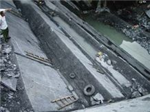 /picture/Quarry/201108/26961/hubei-black-slate-quarry-quarry1-168B.JPG