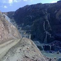 /picture/Quarry/201109/36836/shanxi-black-granite-quarry-quarry1-266B.JPG