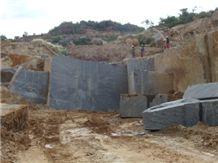 /picture/Quarry/201109/60675/impala-black-granite-quarry-quarry1-298B.JPG