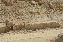 /picture/Quarry/201110/69653/california-honey-giallo-provenza-limestone-quarry-quarry1-325B.JPG