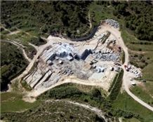 /quarries-356/moon-grey-limestone-san-vicente-quarry