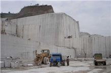 /picture/Quarry/201111/66677/longgang-stone-hebei-rust-slate-quarry-quarry1-398B.JPG