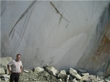 /picture/Quarry/201111/70430/persian-rainbow-onyx-quarry-quarry1-364B.JPG