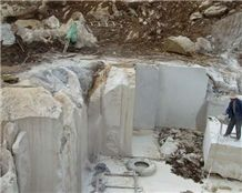 /picture/Quarry/201202/73816/black-marquina-marble-china-marquina-marble-quarry-quarry1-486B.JPG