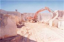 /picture/Quarry/201203/26896/sunny-marble-sunny-beige-egyptian-marble-quarry-quarry1-561B.JPG