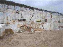 /picture/Quarry/201204/76146/volakas-marble-drama-quarry-quarry1-650B.JPG