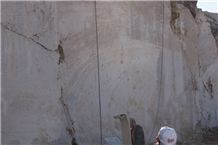 /picture/Quarry/201204/78423/mersin-light-emperador-marble-quarry-quarry1-616B.JPG