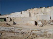 /picture/Quarry/201205/81350/crema-marfil-classico-marble-quarry-quarry1-681B.JPG