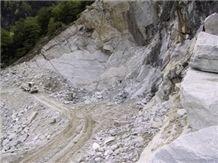 /quarries-836/bergell-gneiss-quarry
